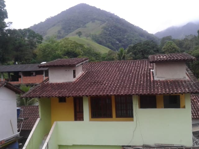 Casa no Sana com vista para as montanhas!