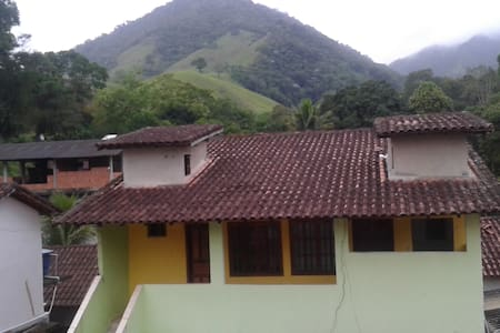 Casa no Sana com vista para as montanhas!