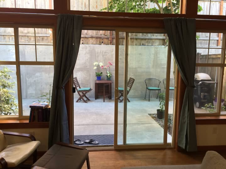 Cozy 1 bedroom and 1 bath in the heart of Fremont