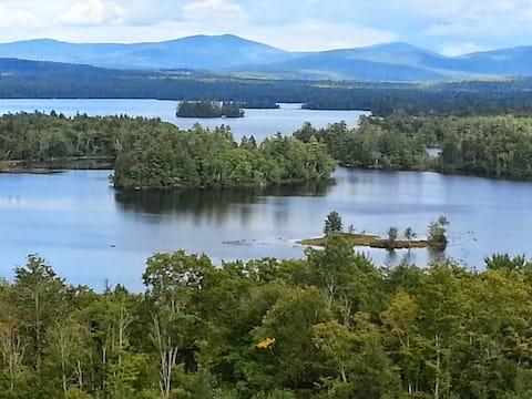BuckValley Lodge: A Mountain Home with Lake Views!