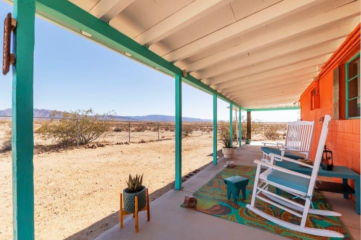 Casa Christina: Desert Sun and Stars from Hot Tub!
