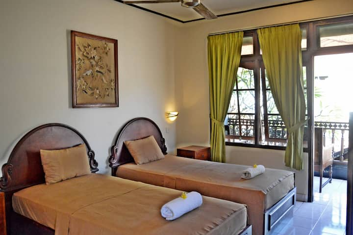 Yulia2 Homestay SanurGuesthouse 2pax StandarRoom#1