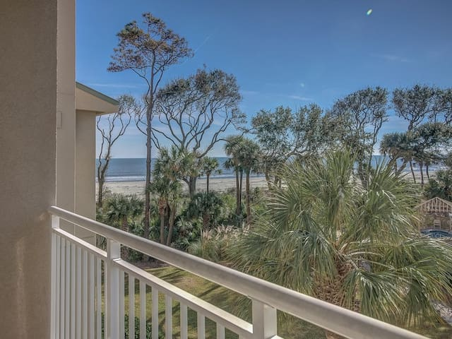 Ocean Views from Private Balcony at 6207 Hampton Place