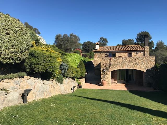 country home near Costa Brava - Foixa  - 一軒家