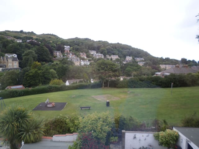 Devon (Ilfracombe) home with a view