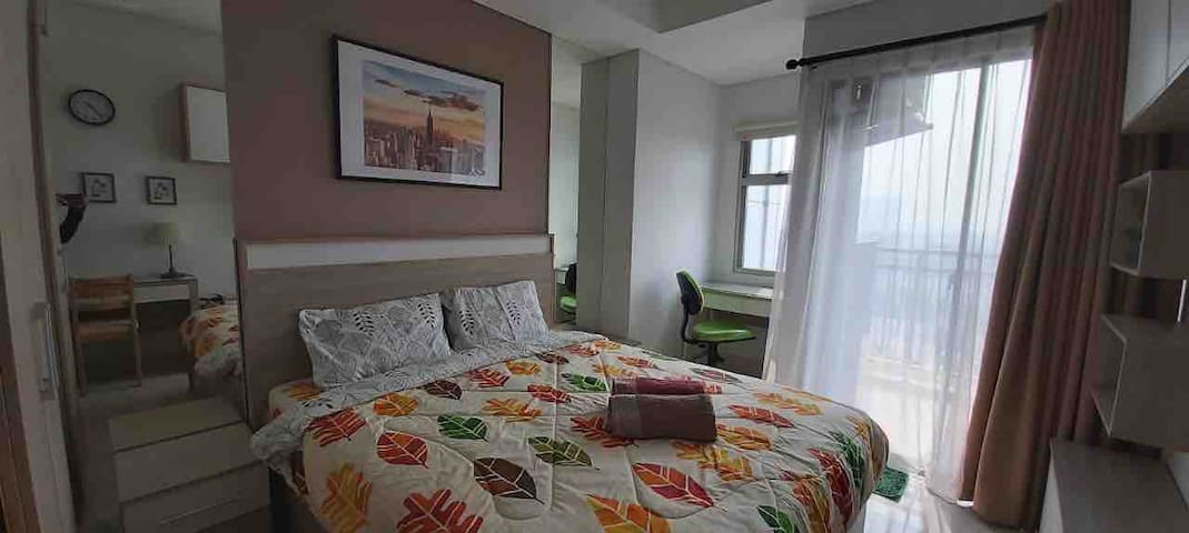 Cozy Living @ Springwood, WIFI, Cable TV, CityView