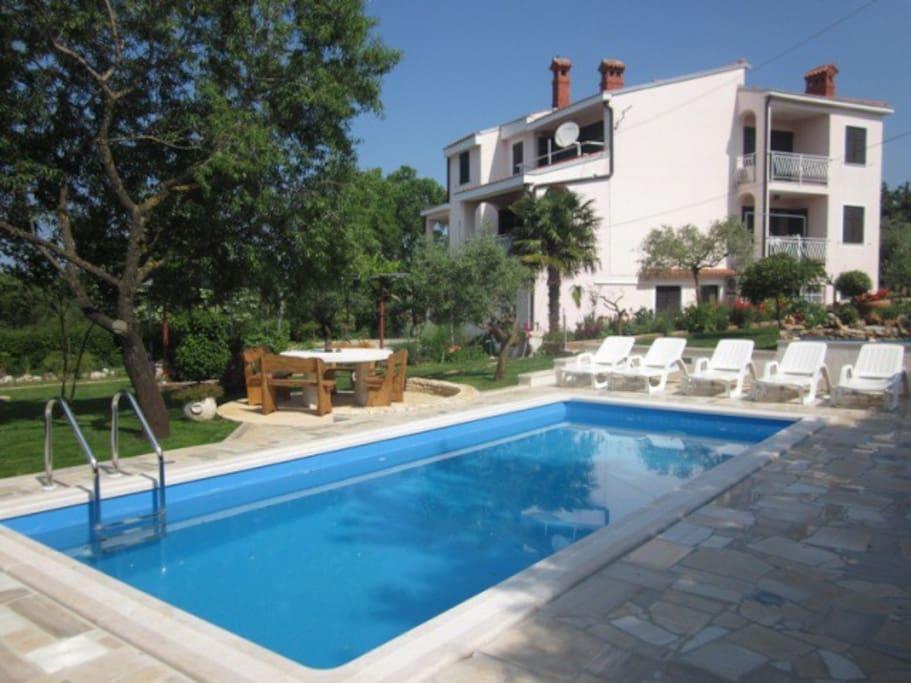 Appartamenti con piscina appartamenti in affitto a pula regione istriana croazia - Appartamenti con piscina ...
