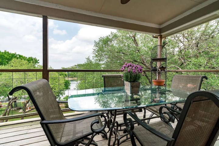 Private Waterfront Property on South Shore of Lake Travis is Calling Your Name. The Perfect Staycati
