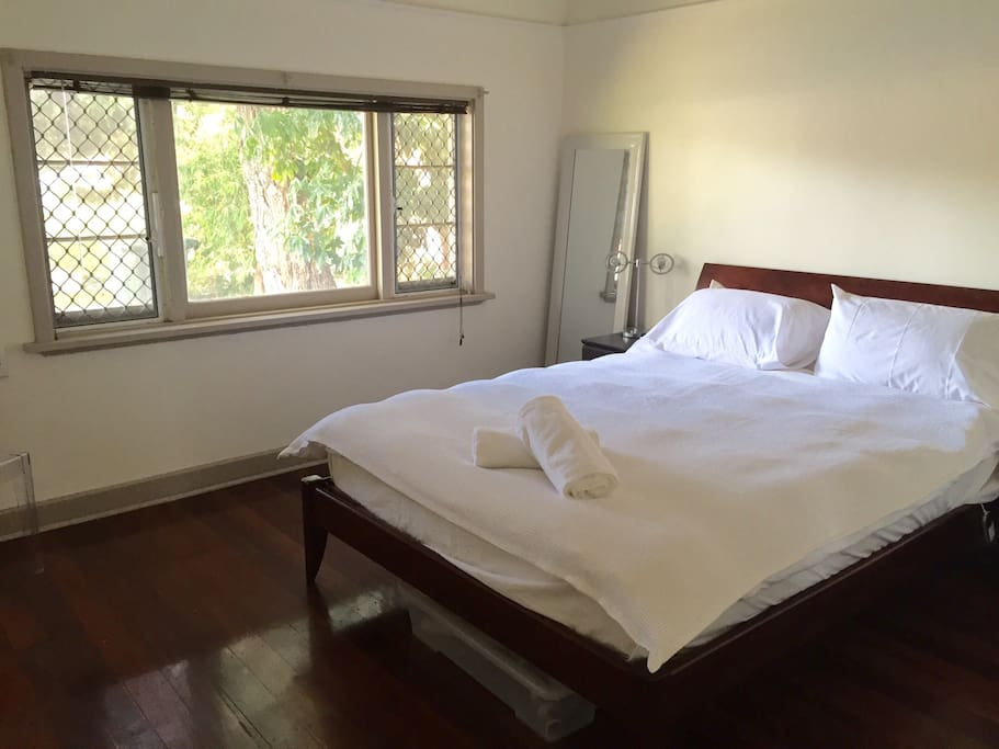 Large bedroom at the front of the house. An empty wardrobe is available for use, electric blanket available for comfortable sleeps!