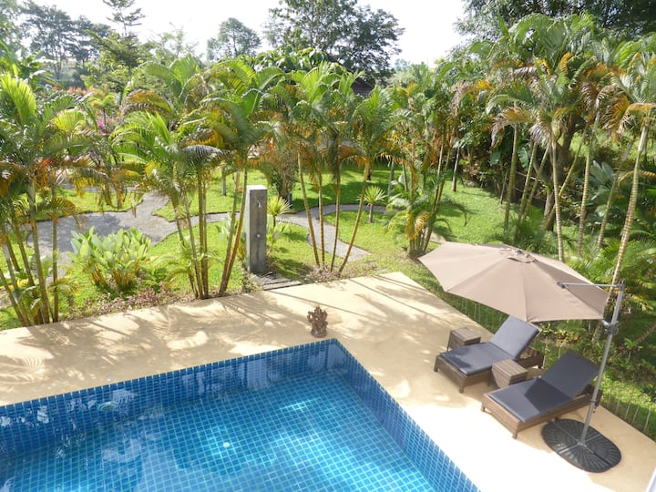 Guesthouse in Beautiful Garden with Swimming Pool