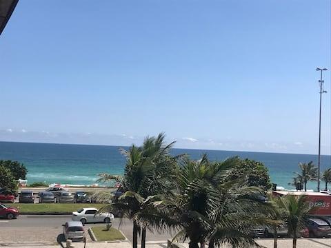 Suíte na praia com vista para o mar
