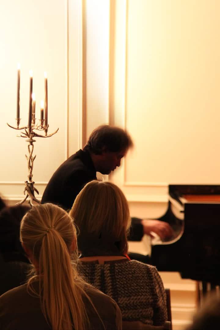 Liszt + candelight