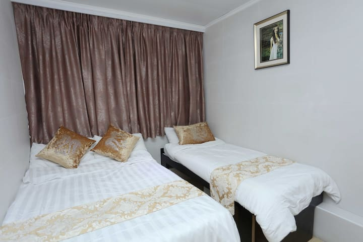 3 affordable and comfortable double bed room - Hong Kong - Rumah