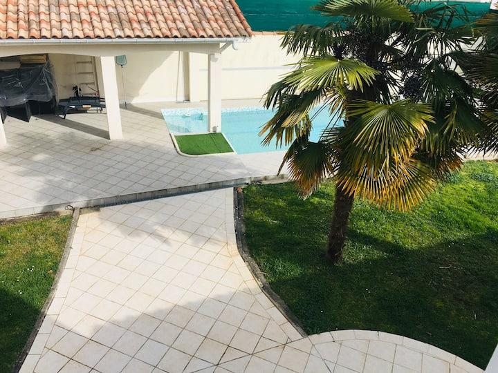 Nouveau charmante villa 6pers avec piscine