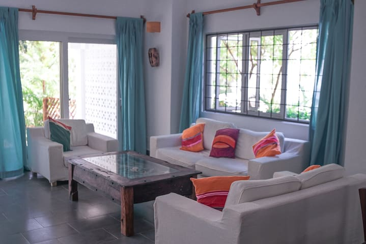 Dhow House 2 Bedroom Cottage