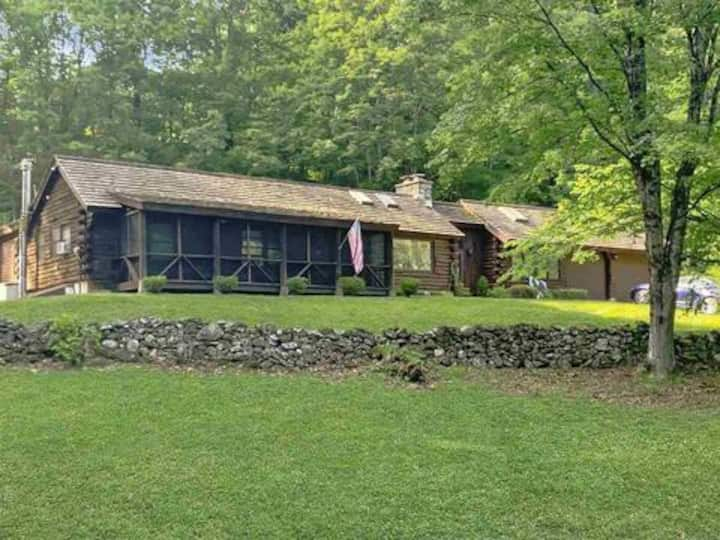Vermont log cabin