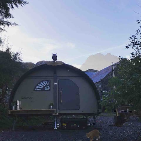 Snowdonia Podfather +hot tub