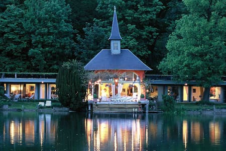 "lac de Genval ""Guillaume Tell"" - Overijse - Bed & Breakfast"