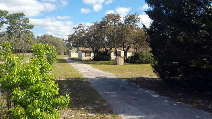 Spacious Home Just Miles to Gorgeous Rainbow River