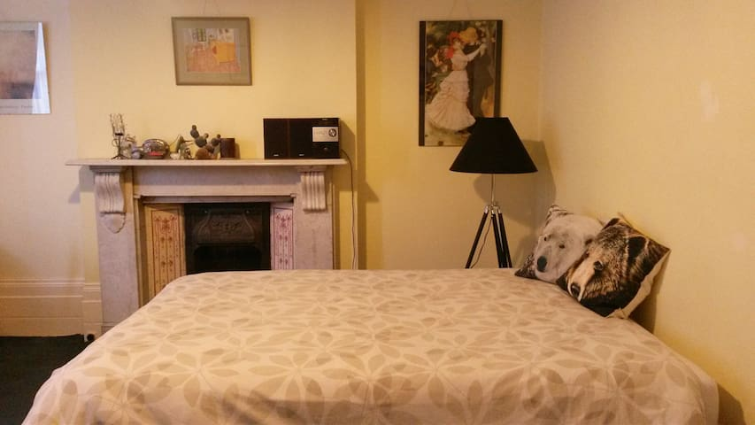 Come to stay at the The Beeches in Royal Greenwich
