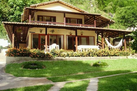Casa beira rio próximo Sana e Lumiar - Casimiro de Abreu