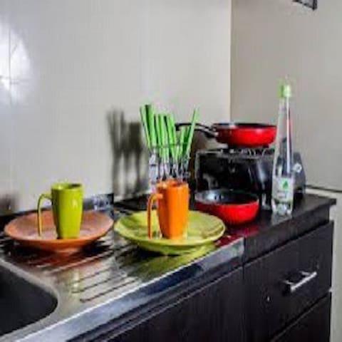 Apartamento amoblado3 Laureles Unicentro