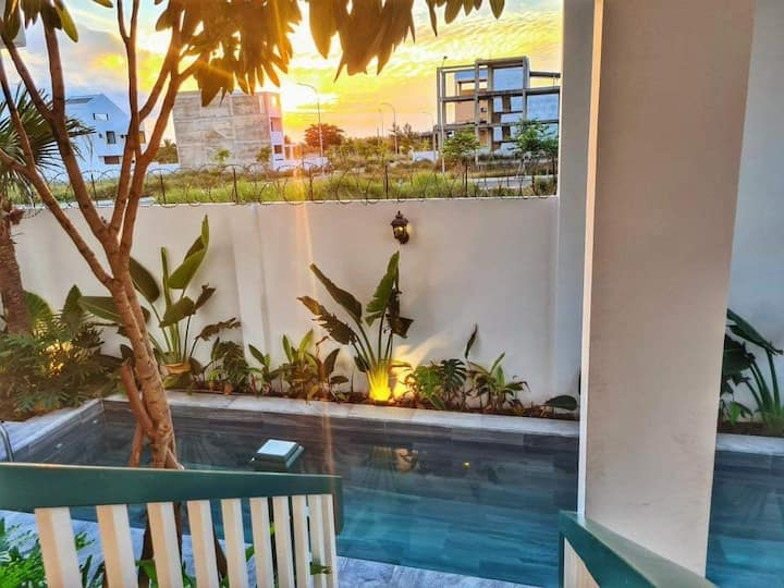 Treeaholic Villa - 3 Bedrooms with Pool & Rooftop!