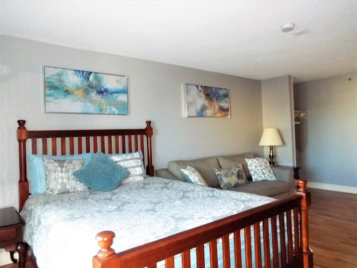 Private Unit with Oceanview and Balcony