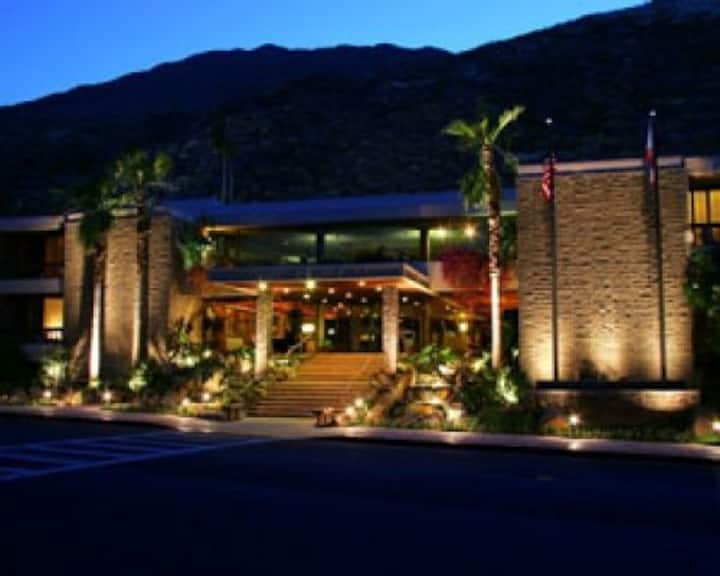The Palm Springs Tennis Club Resort
