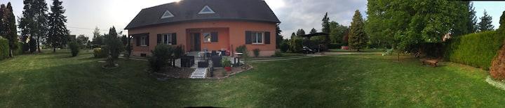 Grande maison avec piscine à 10 min de REIMS