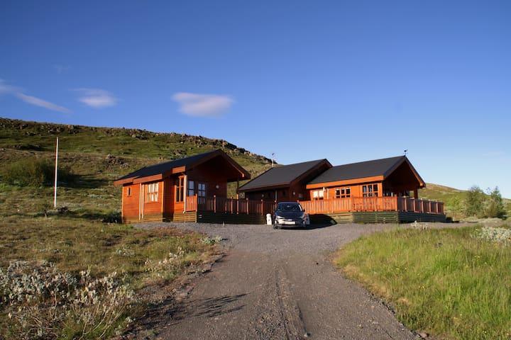 The Nest, Kiðjaberg, 1 / 2 houses, hot tub & sauna
