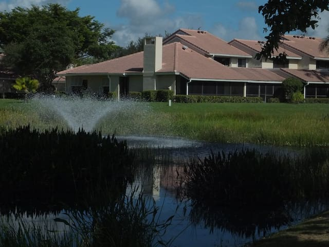 Golf,tennis, swimming, snorkling, surfing - Palm Beach Gardens - Townhouse