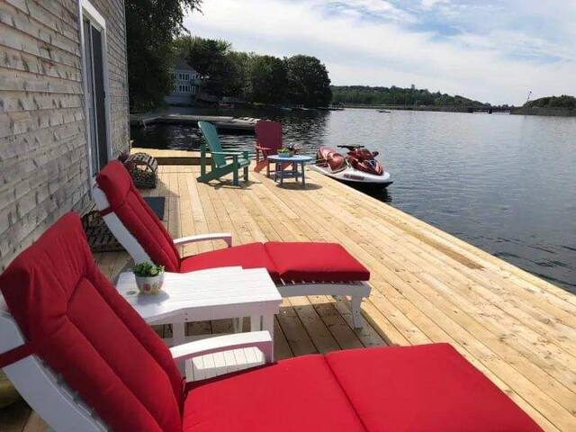 Micmac Lake floating house with 360 waterfrontage