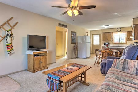 Condo w/Deck-Walk to Downtown Medora & Hiking