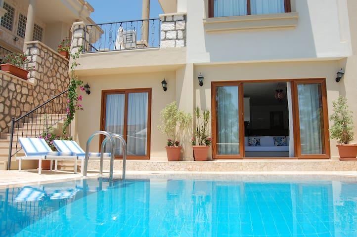 Manzara Villas - PoolSide - คัลคัน - อพาร์ทเมนท์
