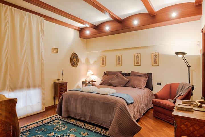 Suite per 2 in pieno centro @chiaia - Neapel - Wohnung