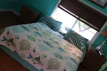 Small upstairs Bedroom Queen bed