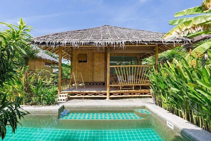 Bamboo Heaven Home with pool