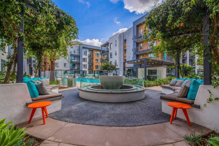Beautiful Studio Apartment-Near Disneyland