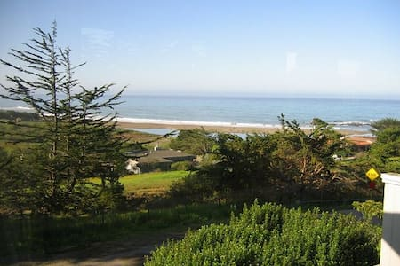 That View! - Cambria