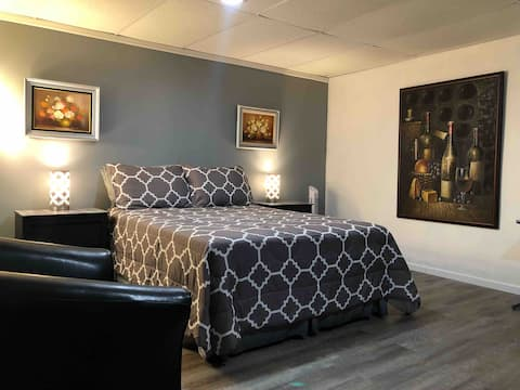 Rockford & Belvidere IL, Relaxing and Comfortable