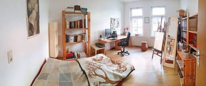 schönes, helles Zimmer in Ehrenfeld WG