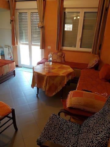 Ciao  casa per affitto turistico 150 euro al giorn