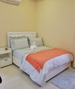 Clean and cosy ensuite room in Lekki Phase 1