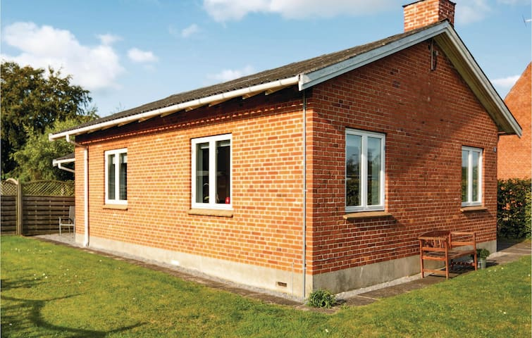 Holiday cottage with 2 bedrooms on 83m² in Kalundborg