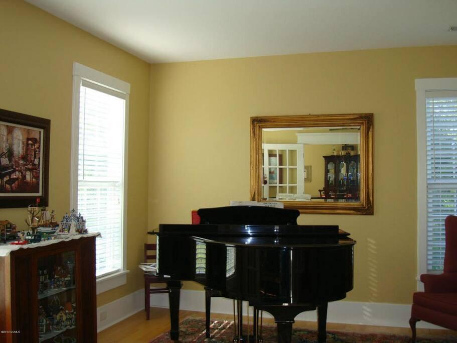 Piano Room/ Play room