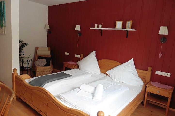 Pension Glücklich-das kleine aber feine Gästehaus - Horgenzell - Guesthouse