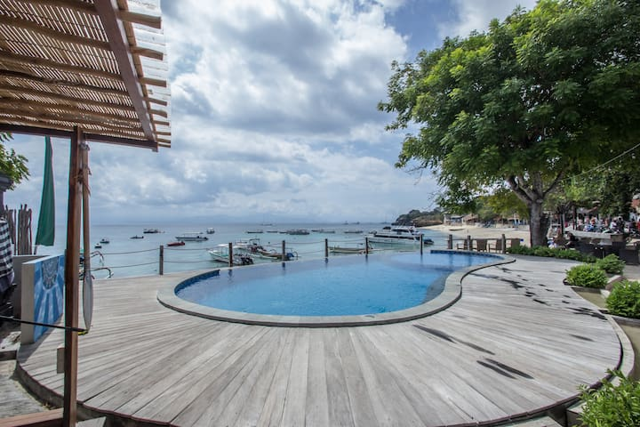 Nusa Lembongan Resort-Beach Front Fancy Deluxe