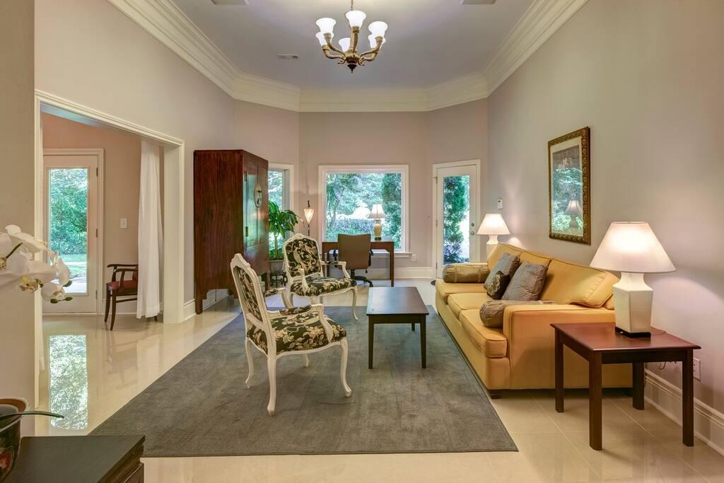The Buckhead Haven Apartments For Rent In Atlanta Georgia United States
