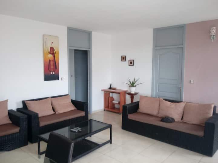 Appartement 2 chambres Cocody Centre Mermoz